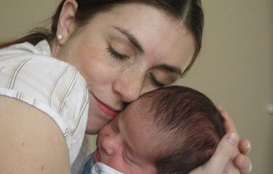 Desafuero maternal - despedir a una mujer embarazada