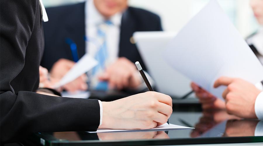 Cómo elegir un abogado para salir de una sociedad o cambiar un socio (Clon)